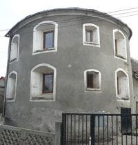 Turnul Semicircular