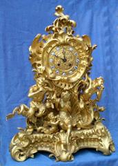 Ceasul in stil Rococo